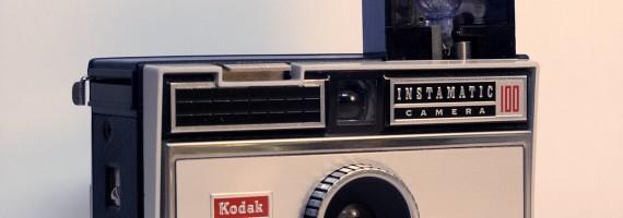 Kodak Instamatic カメラ。ストロボもかわいかった!