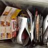 マンション共有部分のゴミ箱。勉強不足のカタチ